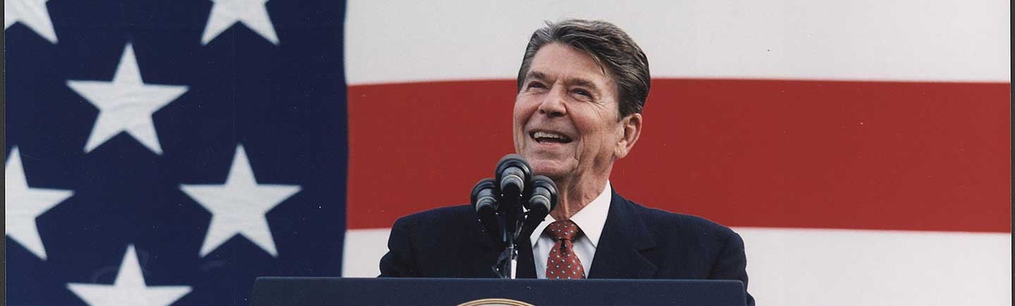 Photograph_of_President_Reagan_at_a_Reagan-Bush-lowres.jpg